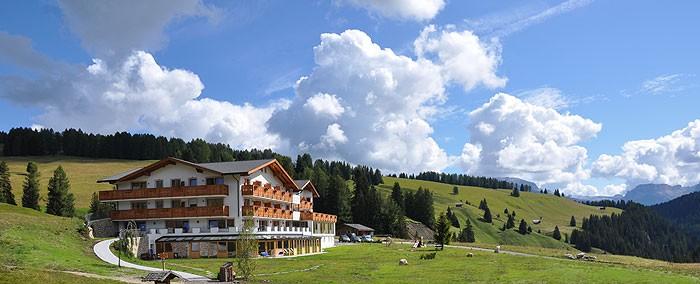 Hotel brunelle sull 39 alpe di siusi - Hotel alpe di siusi con piscina ...